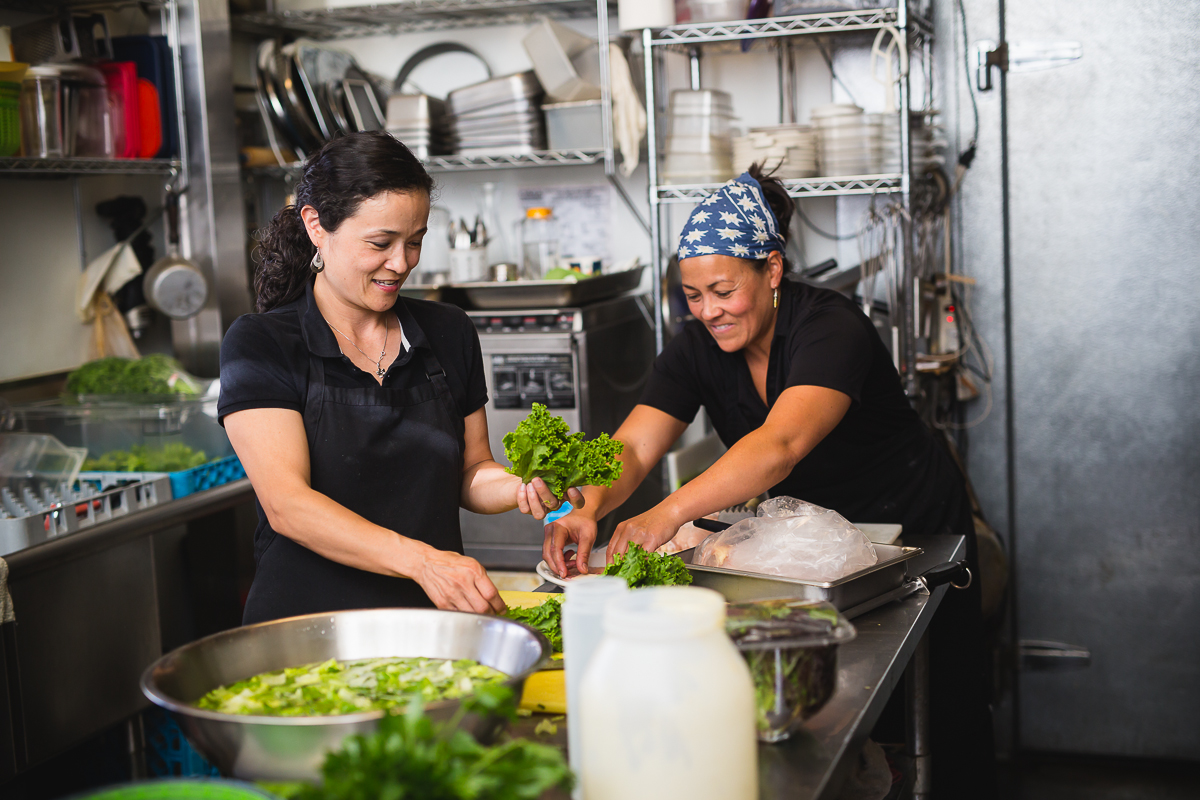 Tammy-Hay-and-Jennie-Wyss-owners-and-chef-of-the-Swiss-Hibsicus-Restaurant