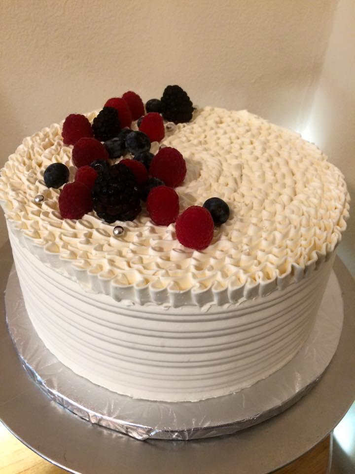 simple elegant cake.jpg
