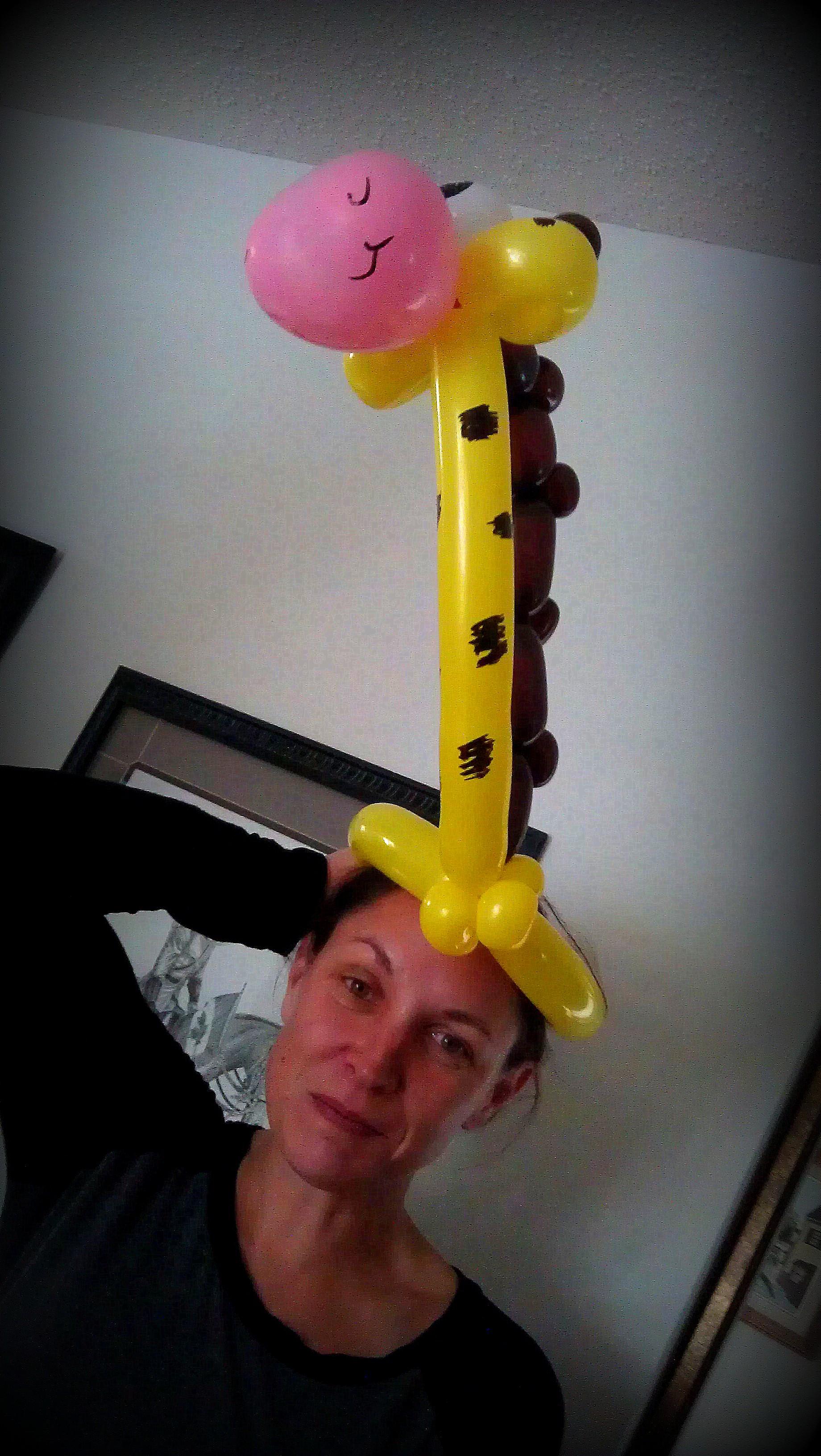 Giraffe hat Bday.jpg