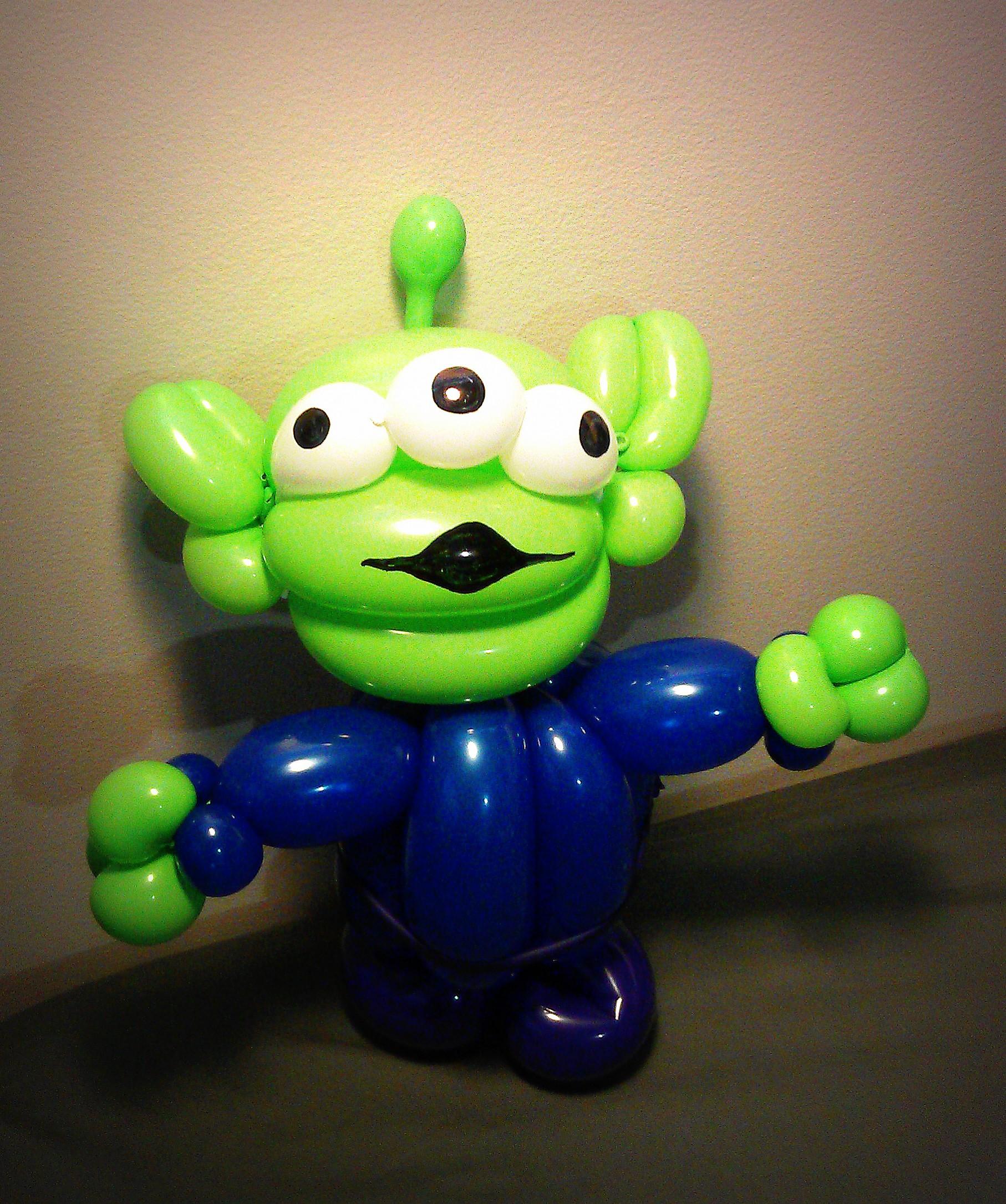 alien balloon toy story.jpg