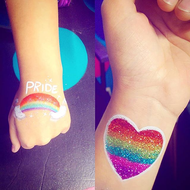 Kids & adults getting rainbows today for #pride  So happy to be able to #spreadthelove . . #rainbow #pride🌈 #prideyyc #heart #glitter #sparkle #letyourcolorsshine #colour #love #equality #support #prideparade #yyc #lgbtq #celebrate #loveislove