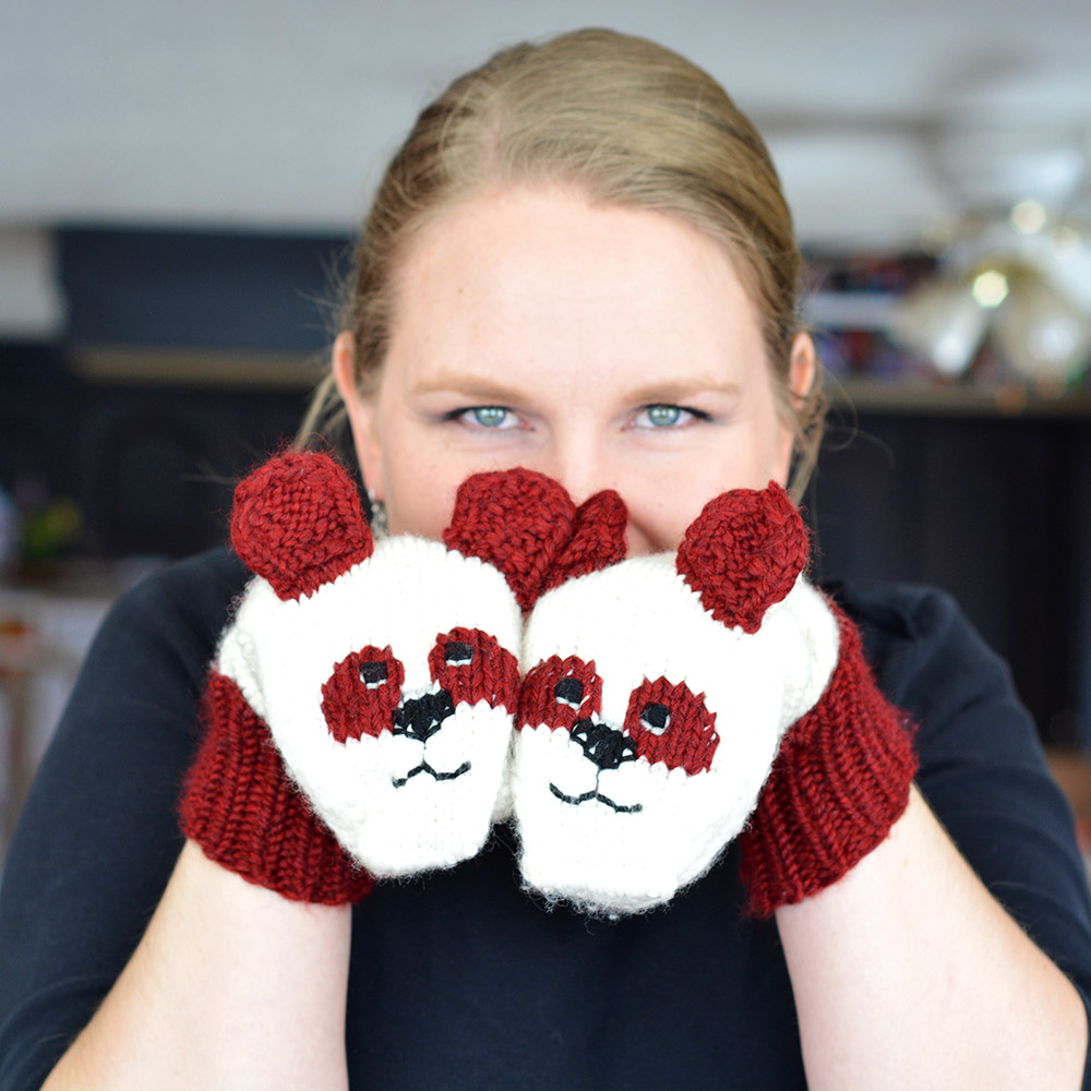 Another addition to the  Cute, Cuddly Critter mittens  charts - pandas! (Hard to go wrong, there!) Pattern to be released soon!