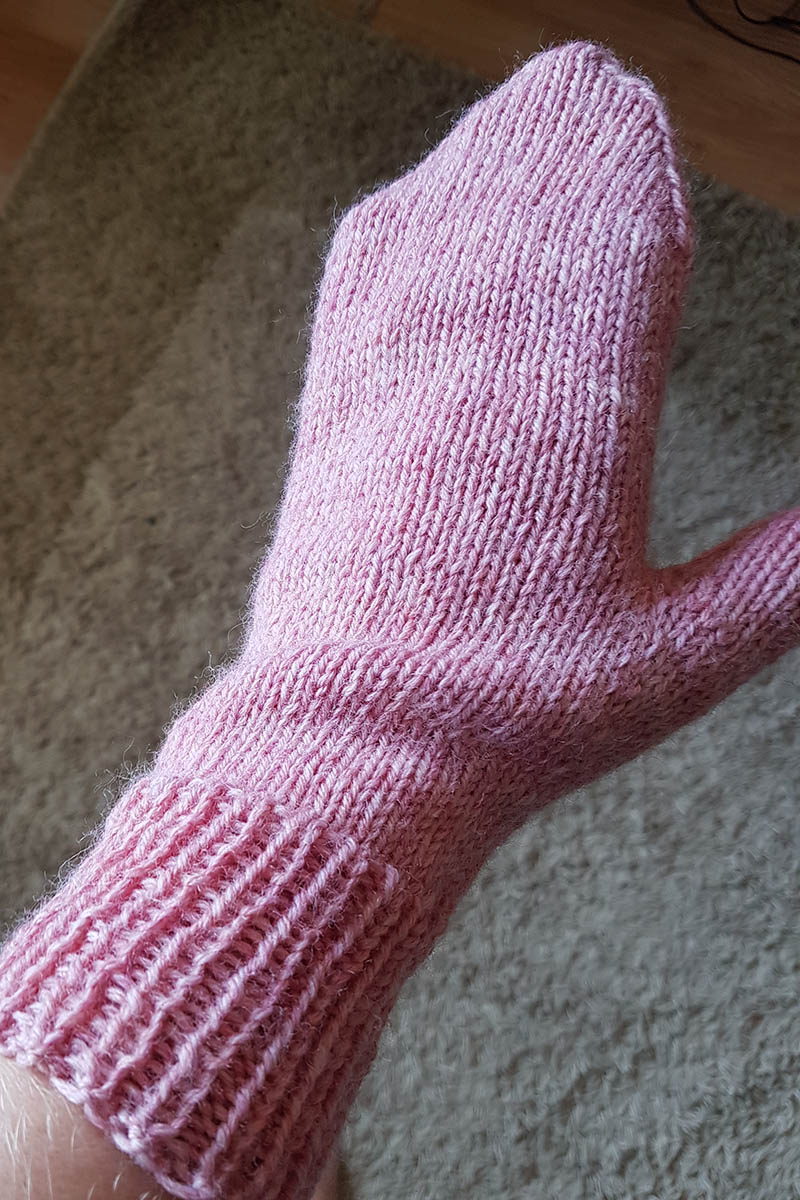 Just Plain Mittens, Aran Weight, Junior/Ladies size