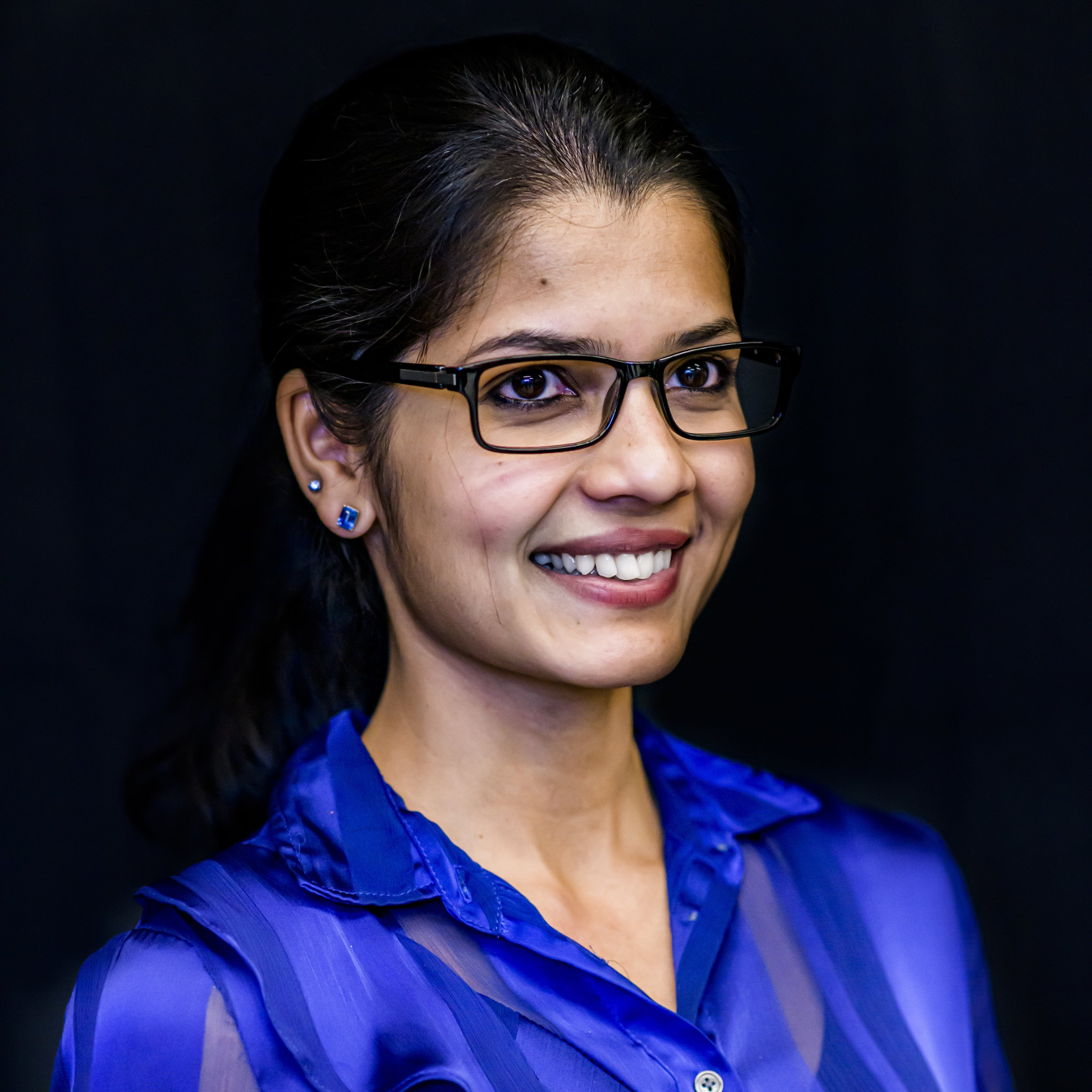 Receptionist - Queen of the lobby in a Wipro office in Bangalore.Played by Sunanda Mukundan.