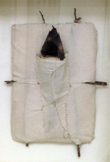 JOHN DAVIS    One Fish    1992   fibre sheets (paper/cloth), resin, natural timbers and twine   48 x 35 cm