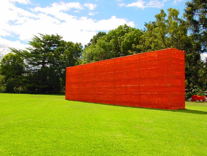 Ruin  - Helen Lempriere National Sculpture Award, Melbourne, 2002, Scaffolding structure and temporary fencing, 400 x 1600 cm