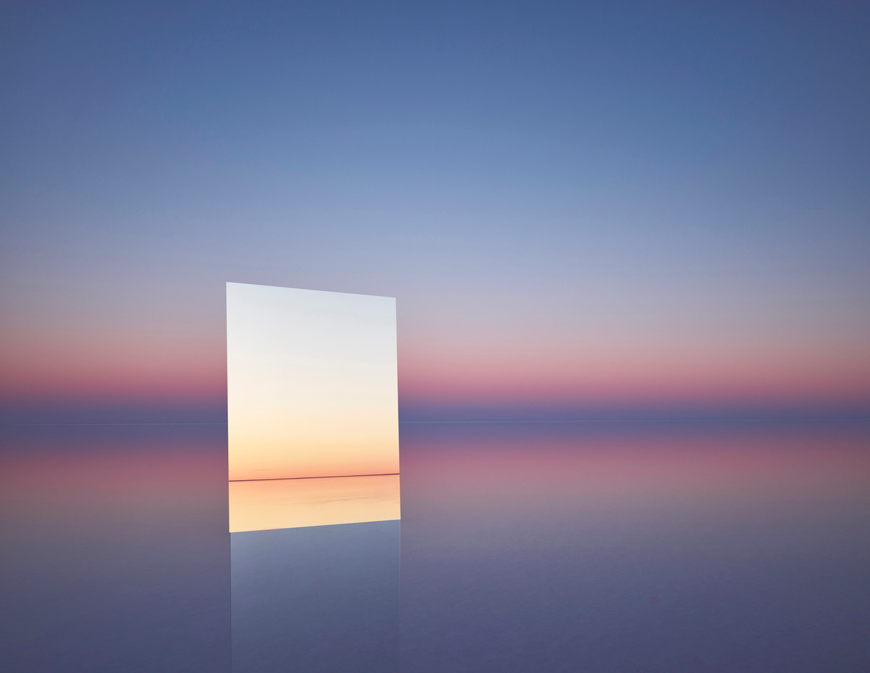 Murray Fredericks,  Mirror 16 , 2017, digital pigment print on cotton rag, edition of 7,120 x 155 cm.
