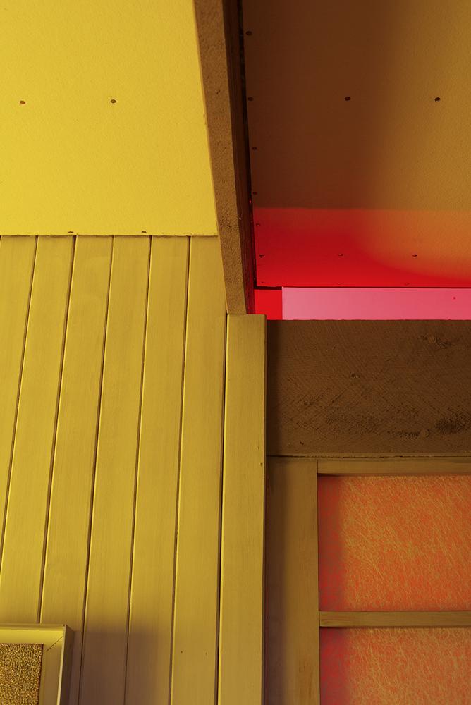 Lydia Wegner,  Sliding Yellow , 2019, archival inkjet print, 100 x 67 cm.