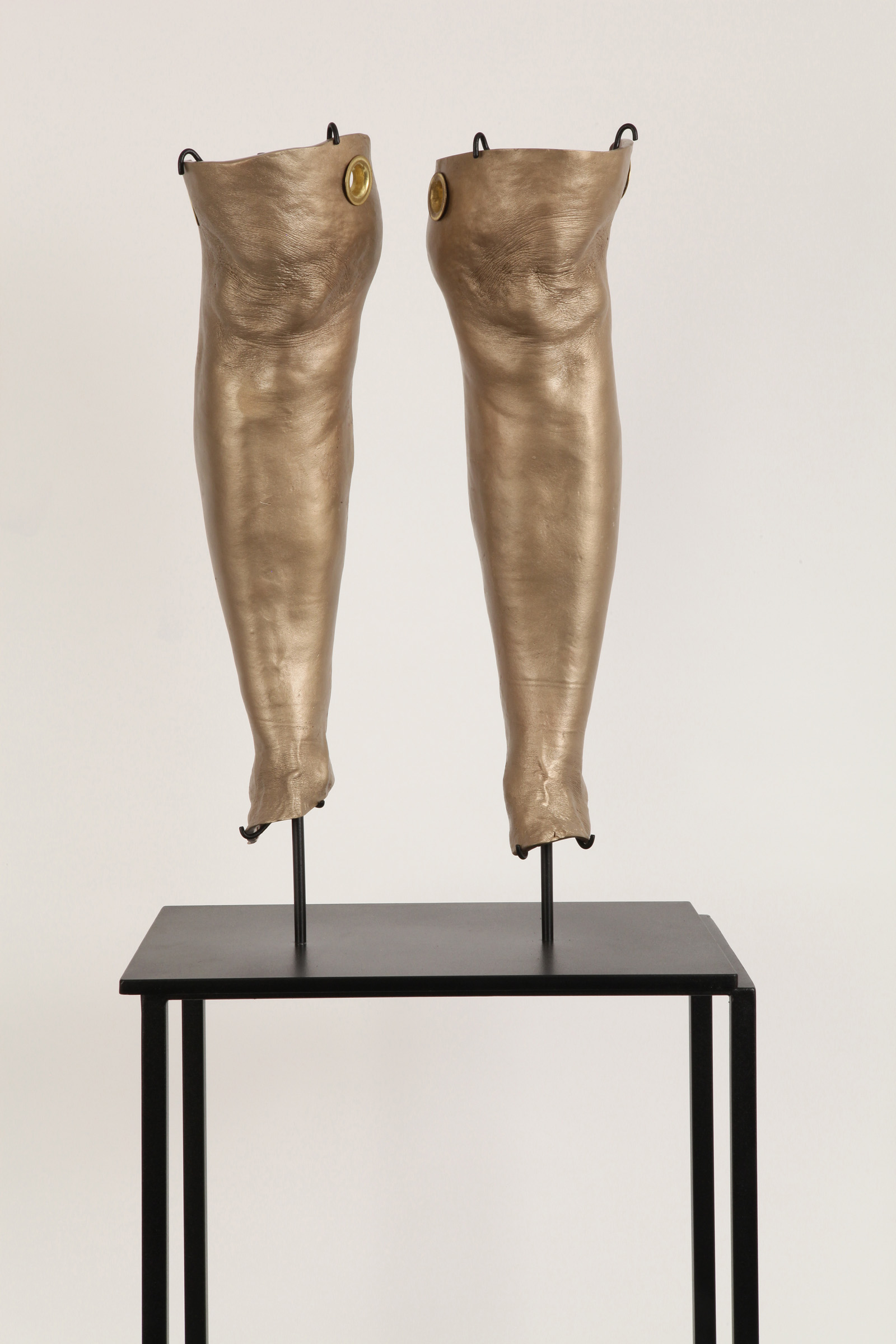 """JULIE RRAP  """"Knee Capped"""" Cleaves  [detail], 2019 Bronze and steel, edition of 3  98 x 40 x 28.5 cm"""