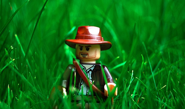 Screen-Shot-2011-10-27-at-9.40.28-AM1-Indiana-Jones-Lego