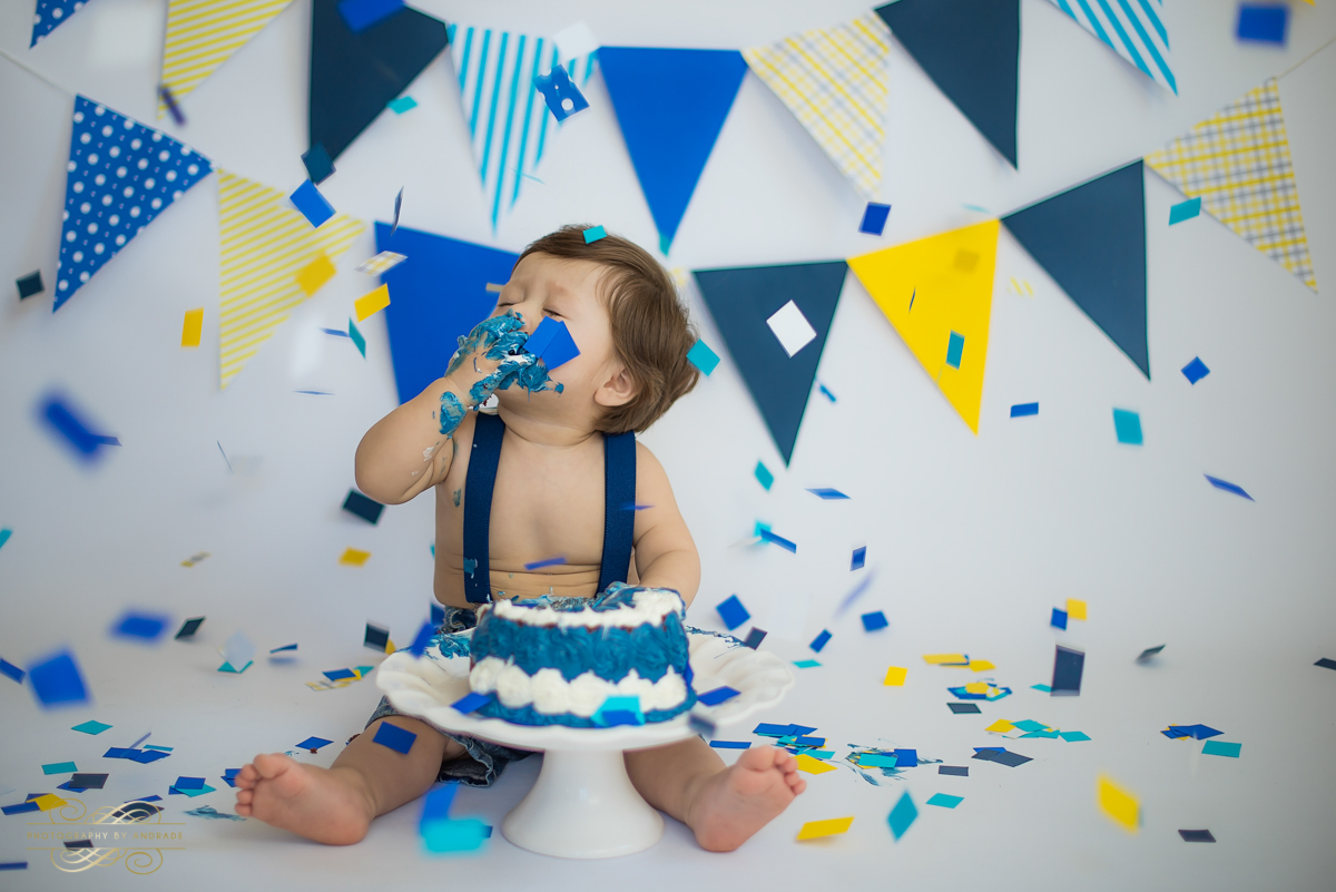 Photography by andrade Chicago Birthday Cake Smash Photography session-17.jpg