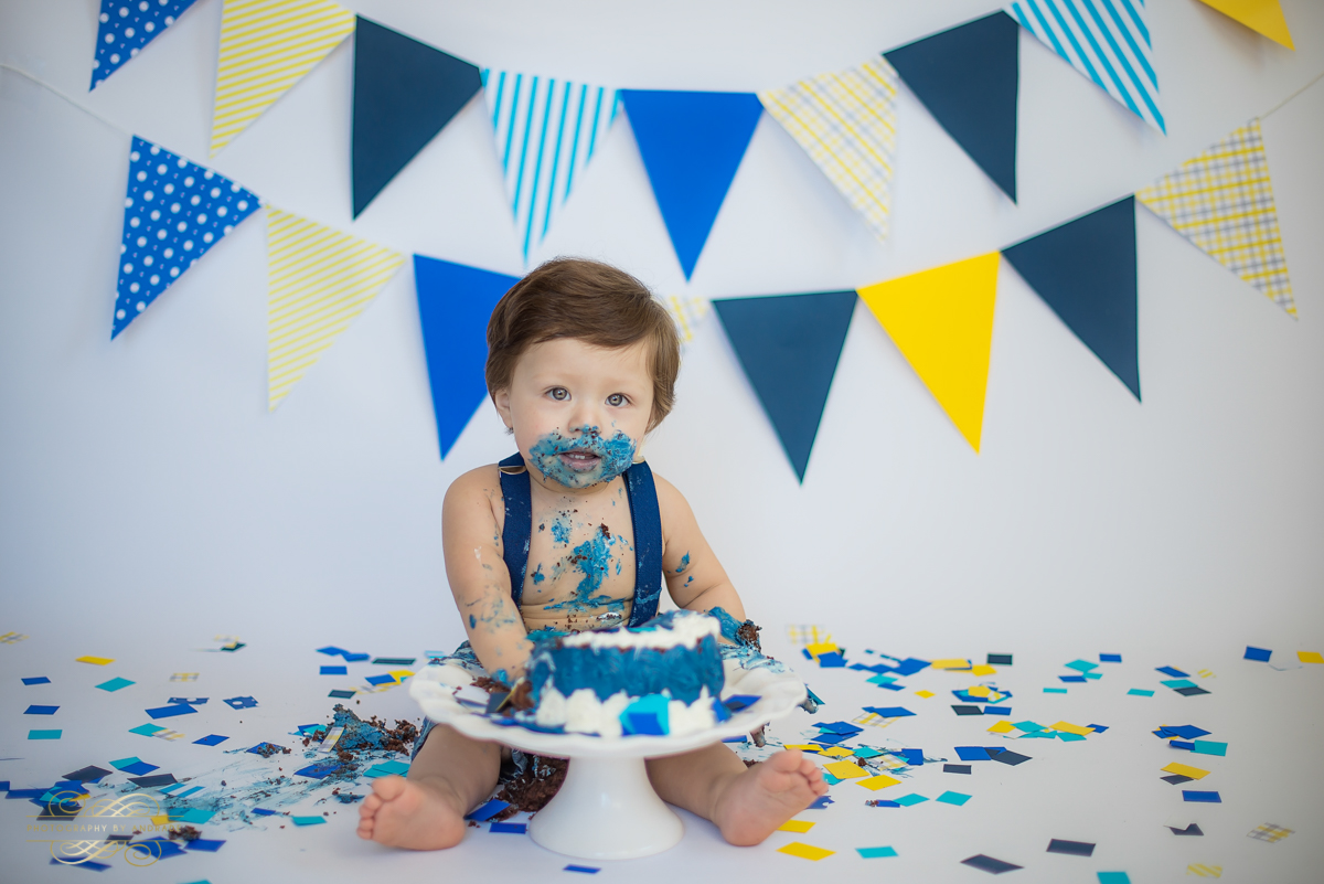 Photography by andrade Chicago Birthday Cake Smash Photography session-22.jpg