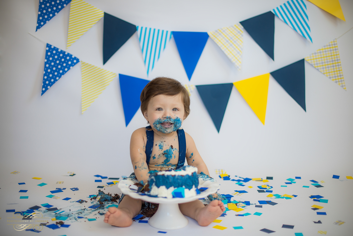 Photography by andrade Chicago Birthday Cake Smash Photography session-23.jpg