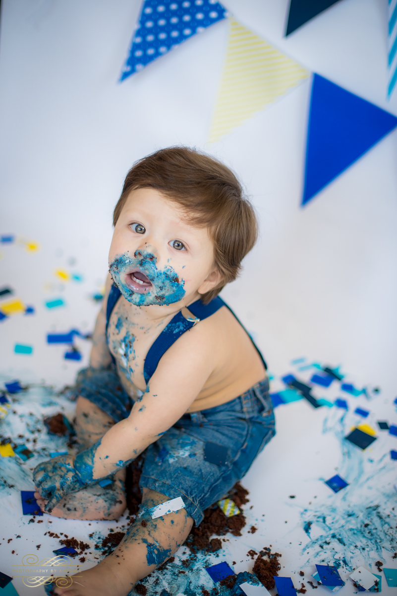 Photography by andrade Chicago Birthday Cake Smash Photography session-36.jpg