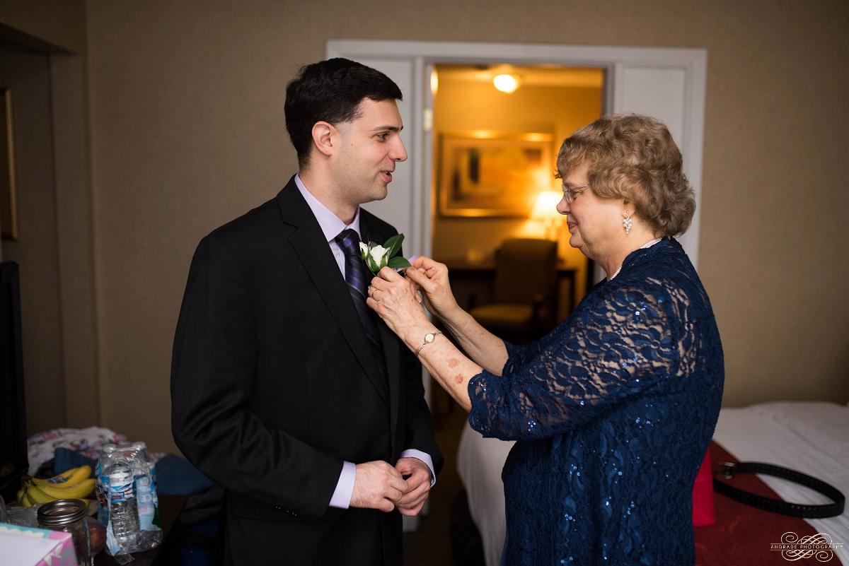 Lindsey + Eric Alpine Banquets Darien Illinois Wedding Photography_0007.jpg