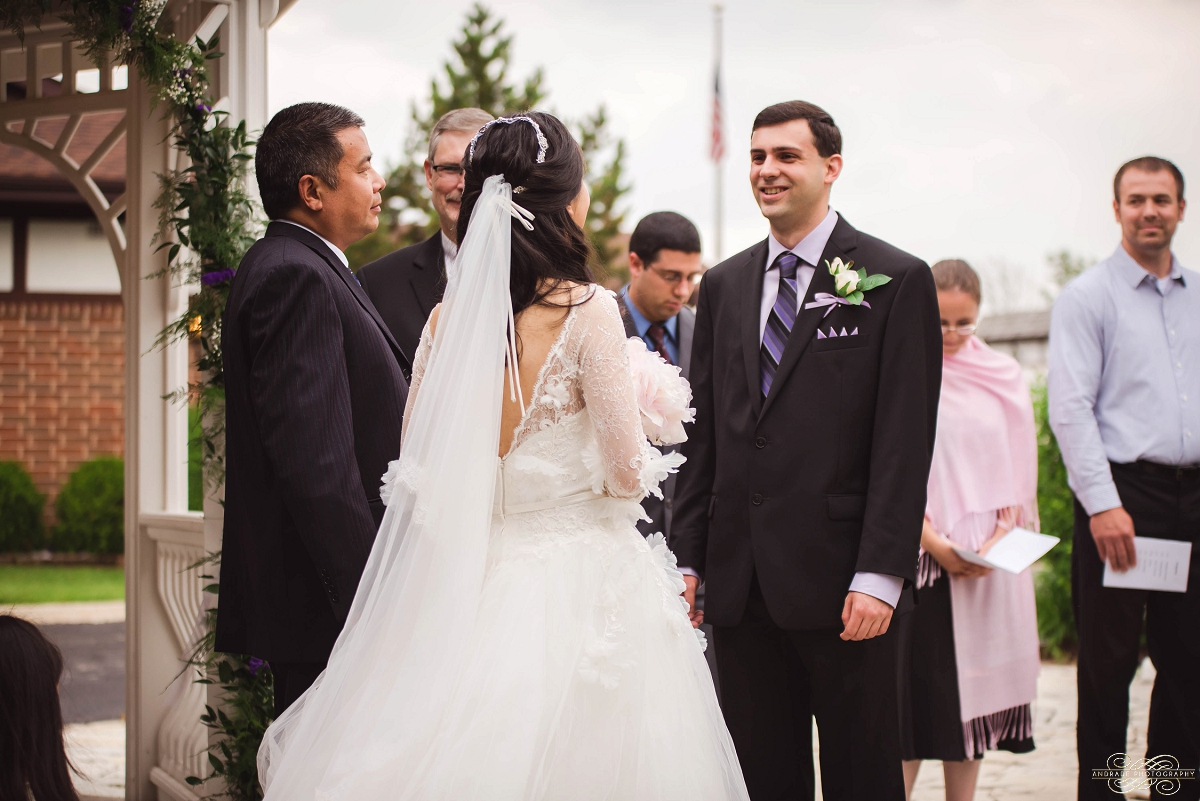 Lindsey + Eric Alpine Banquets Darien Illinois Wedding Photography_0028.jpg
