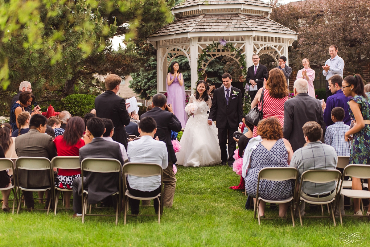 Lindsey + Eric Alpine Banquets Darien Illinois Wedding Photography_0033.jpg