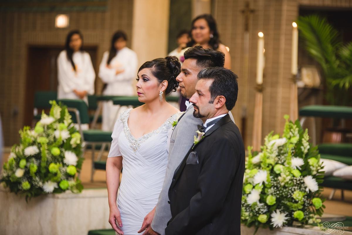 Venutis Banquet Chicago Illinois Wedding Photography 1 (25).jpg