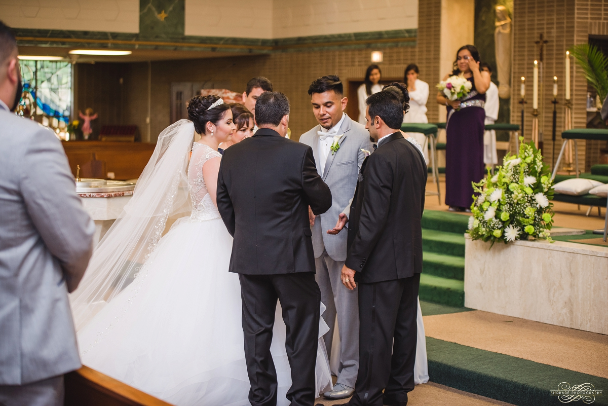 Venutis Banquet Chicago Illinois Wedding Photography 1 (26).jpg