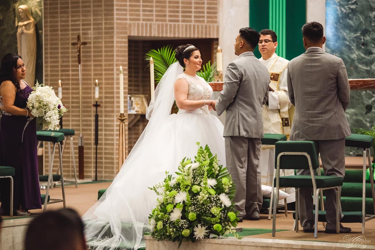 Venutis Banquet Chicago Illinois Wedding Photography 1 (28).jpg