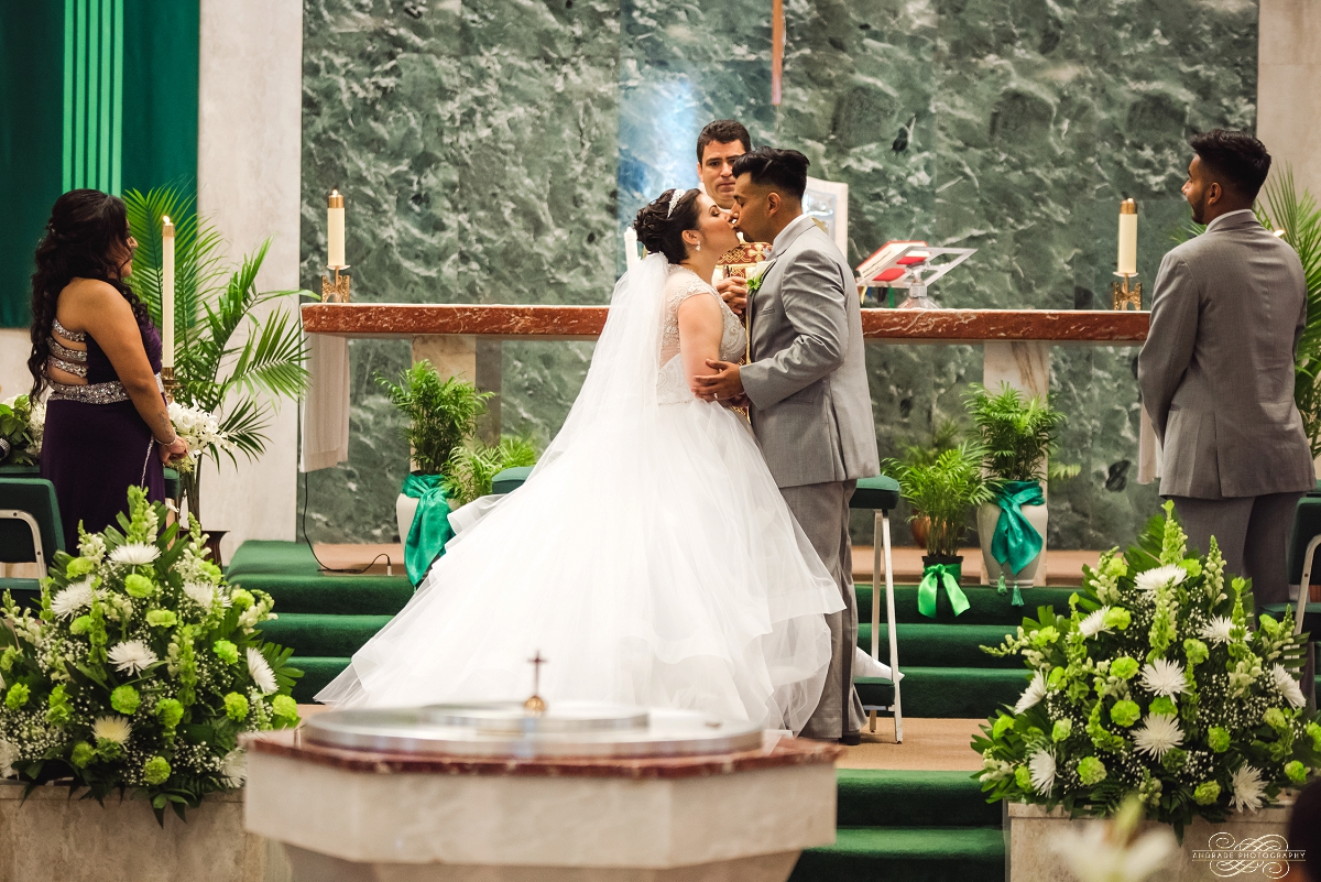 Venutis Banquet Chicago Illinois Wedding Photography 1 (31).jpg