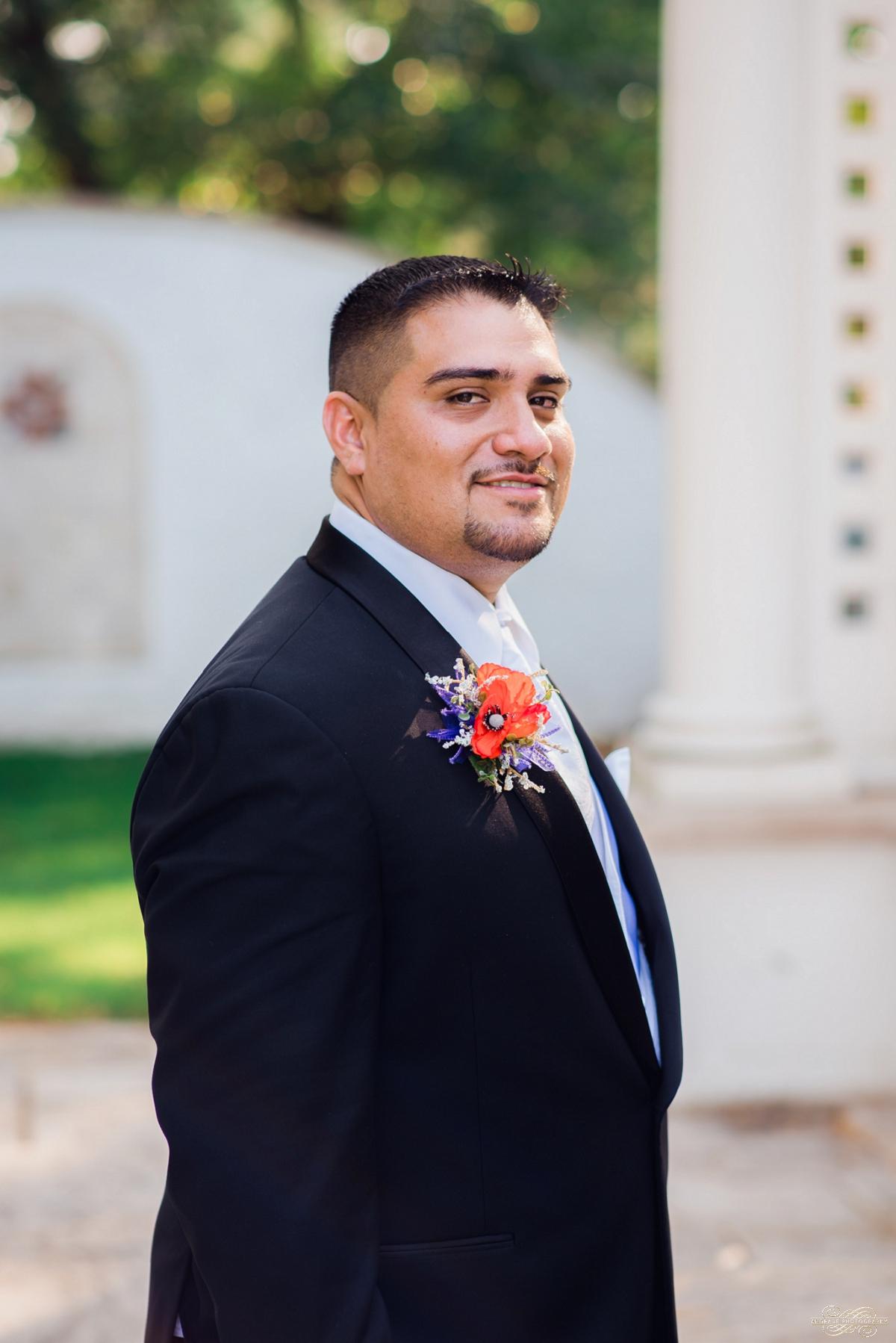 Janette + Louie Estebans Wedding Photography in Naperville - Naperville Wedding Photographer_0051.jpg