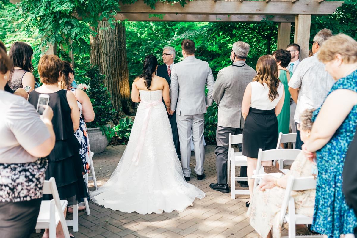 Naperville Wedding Photographer _ Maggianos Little Italy Wedding_0023.jpg