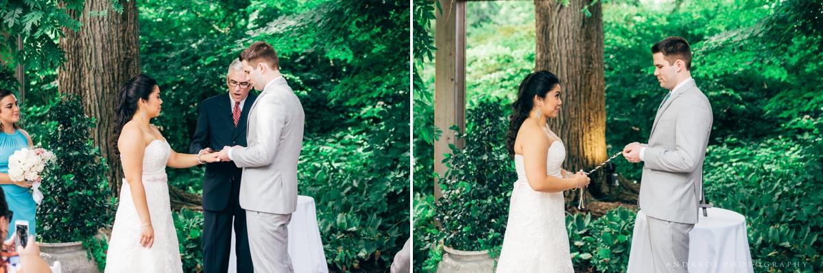 Naperville Wedding Photographer _ Maggianos Little Italy Wedding_0025.jpg