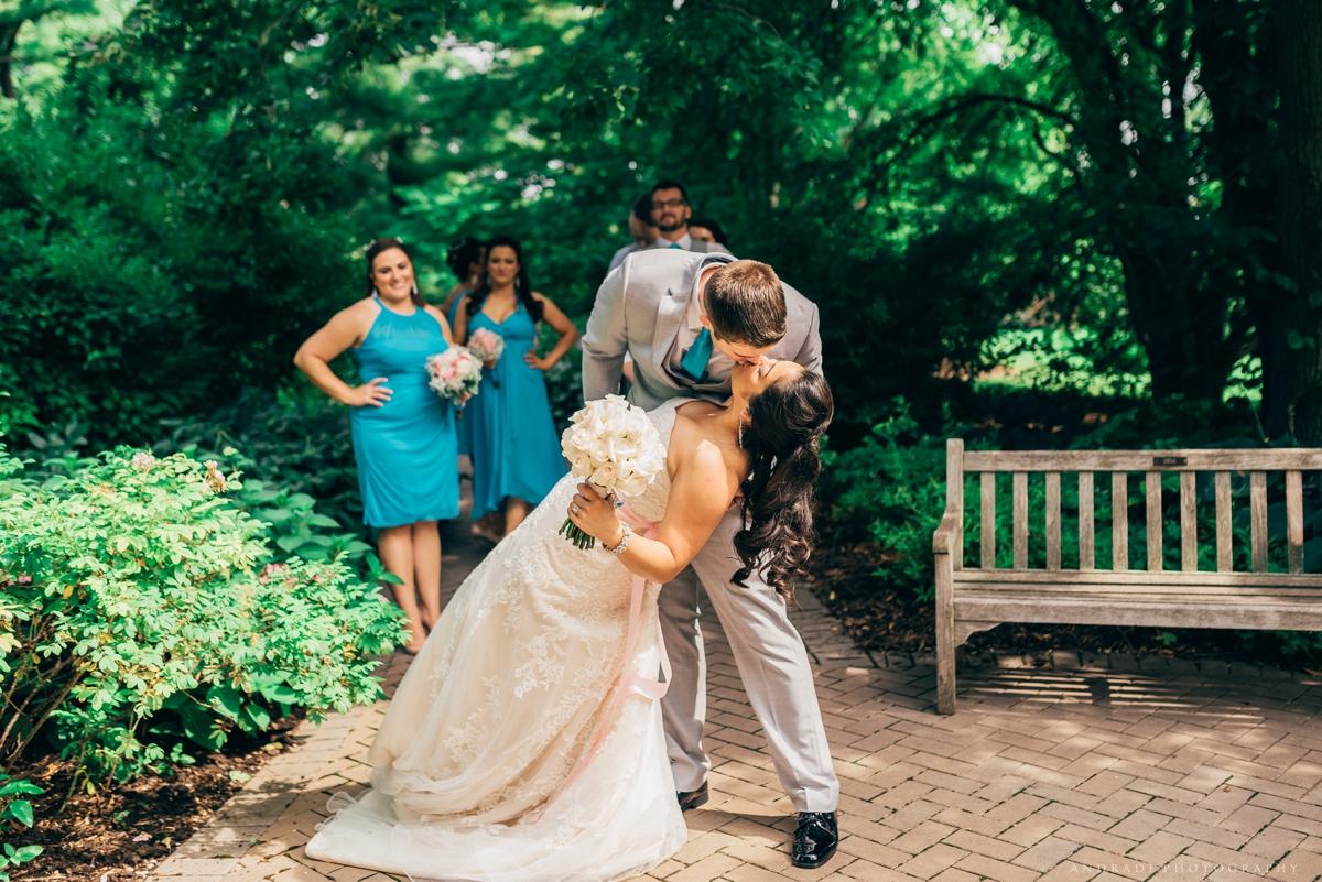 Naperville Wedding Photographer _ Maggianos Little Italy Wedding_0031.jpg