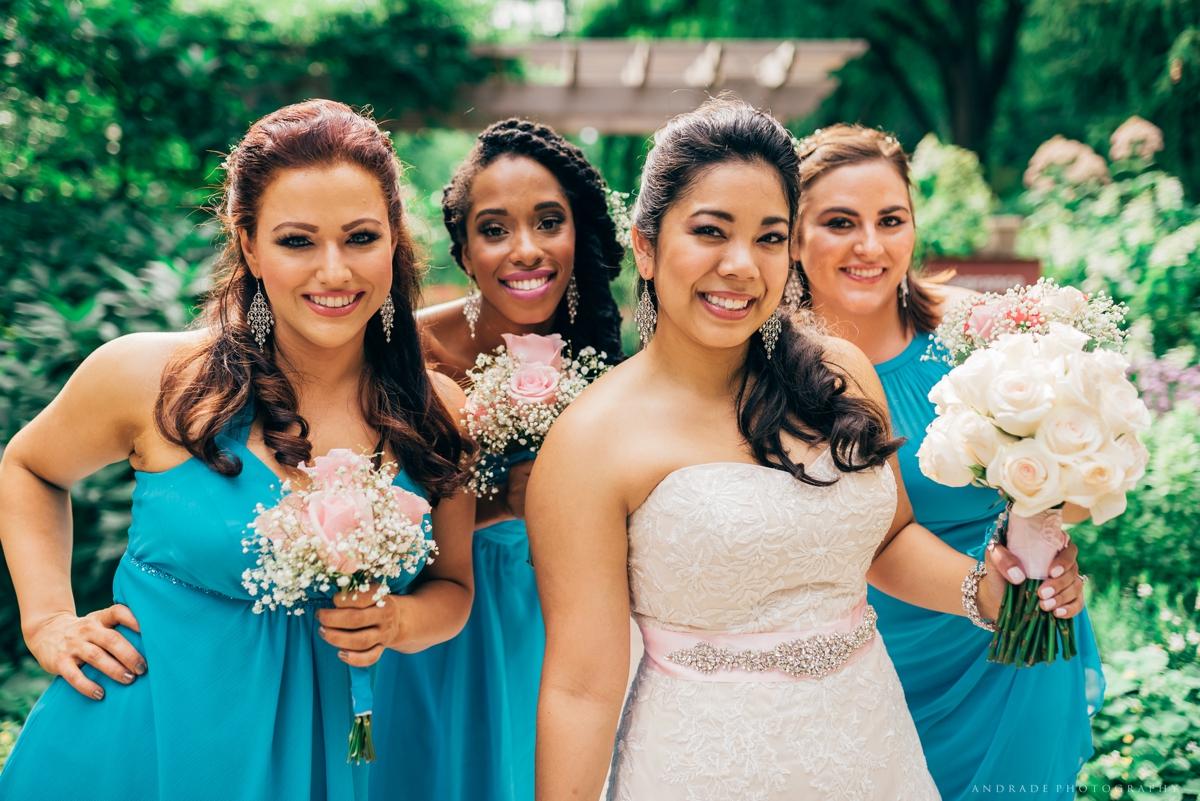 Naperville Wedding Photographer _ Maggianos Little Italy Wedding_0033.jpg