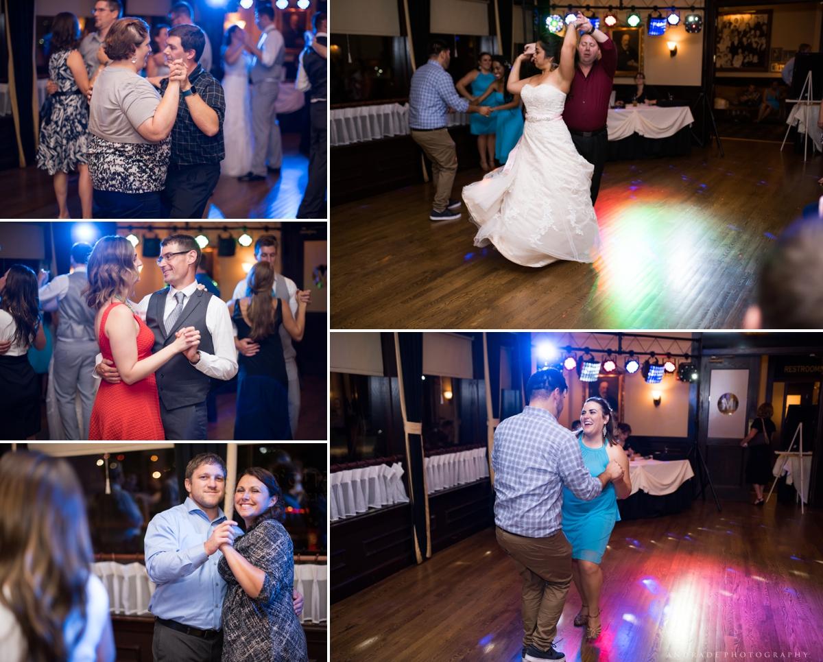 Naperville Wedding Photographer _ Maggianos Little Italy Wedding_0056.jpg