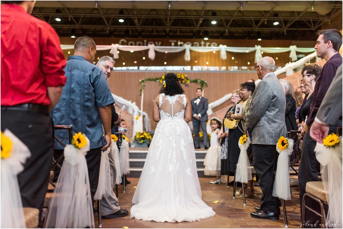 Paramount Theater Meyer Ballroom Wedding Photography Aurora Illinois - Chicago Wedding Photography_0037.jpg
