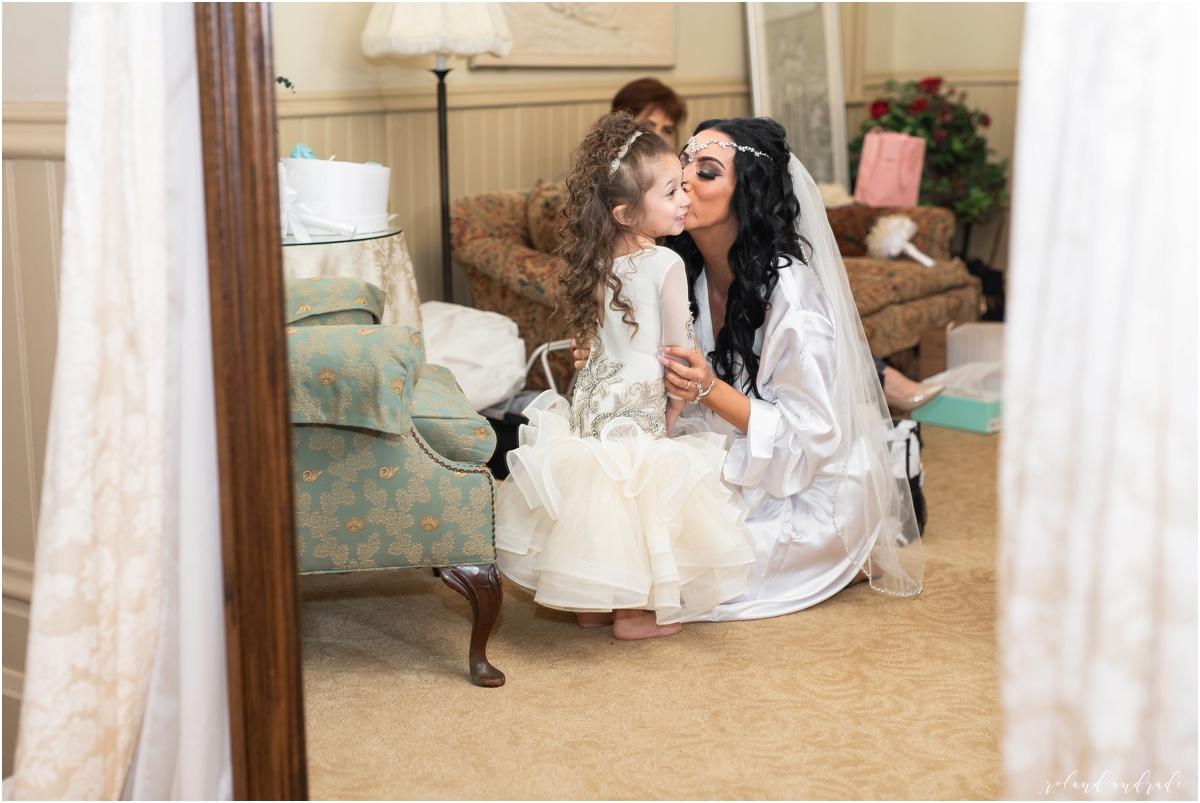Italian American Society Wedding in Kenosha Wisconsin, Kenosha Wisconsin Wedding Photographer, Chicago Wedding Photography Kenosha Mexican Italian Wedding_0014.jpg
