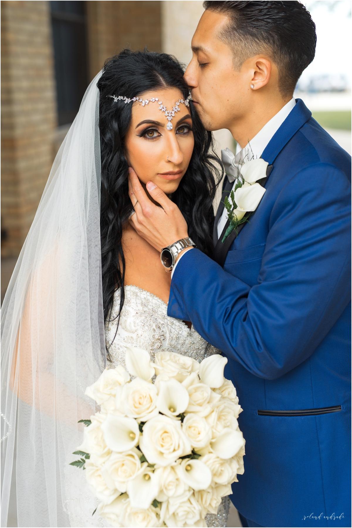 Italian American Society Wedding in Kenosha Wisconsin, Kenosha Wisconsin Wedding Photographer, Chicago Wedding Photography Kenosha Mexican Italian Wedding_0038.jpg