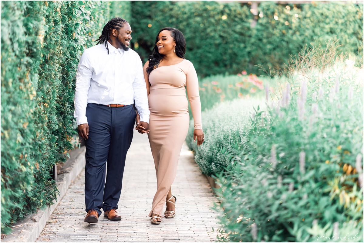 Lurie Garden Engagement Session Chicago IL7.jpg