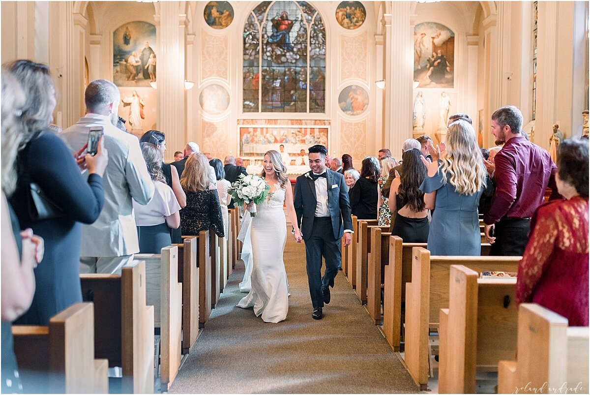 River Roast Wedding + Light and Airy Wedding Photographer Chicago + renaissance Hotel Wedding Photographer + Chicago Photography + Naperville Wedding Photographer + Chicago Engagement Photographer + Best Photographer In Chicago_0038.jpg