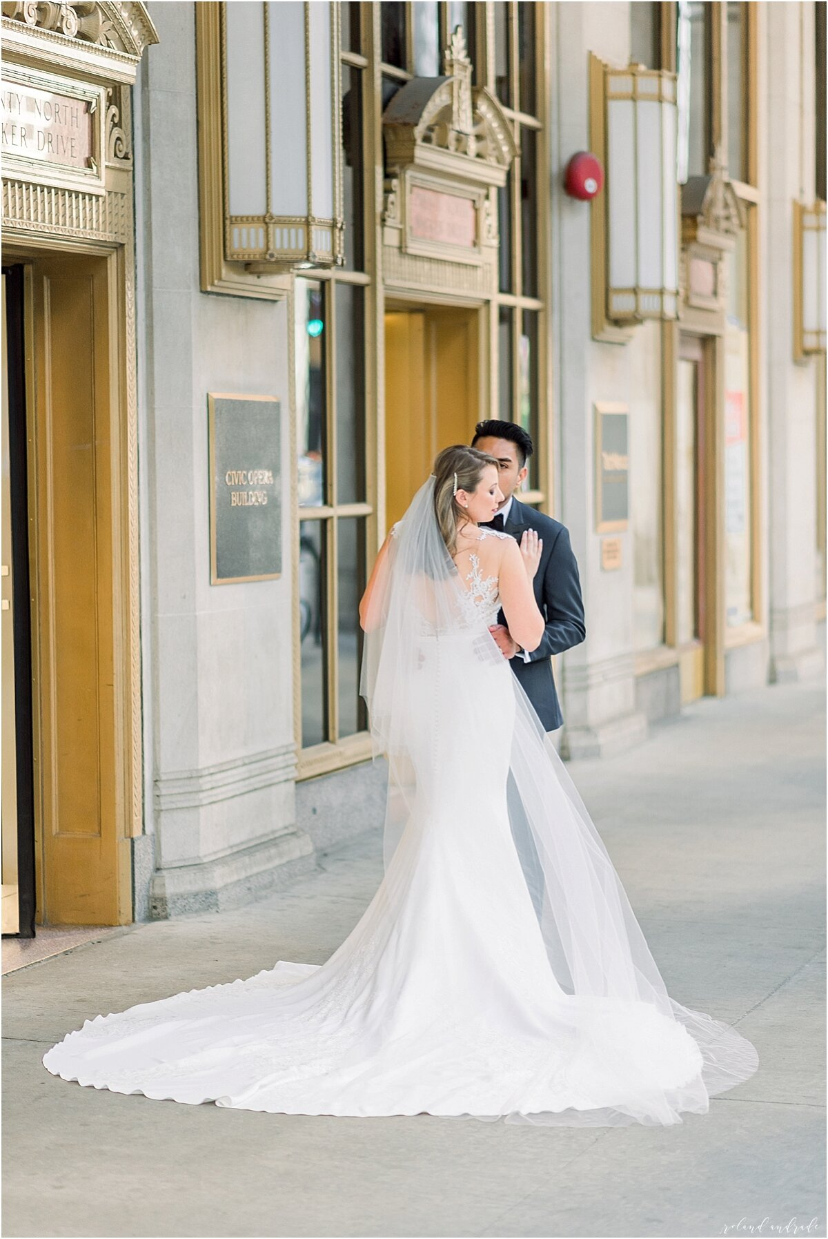 River Roast Wedding + Light and Airy Wedding Photographer Chicago + renaissance Hotel Wedding Photographer + Chicago Photography + Naperville Wedding Photographer + Chicago Engagement Photographer + Best Photographer In Chicago_0046.jpg