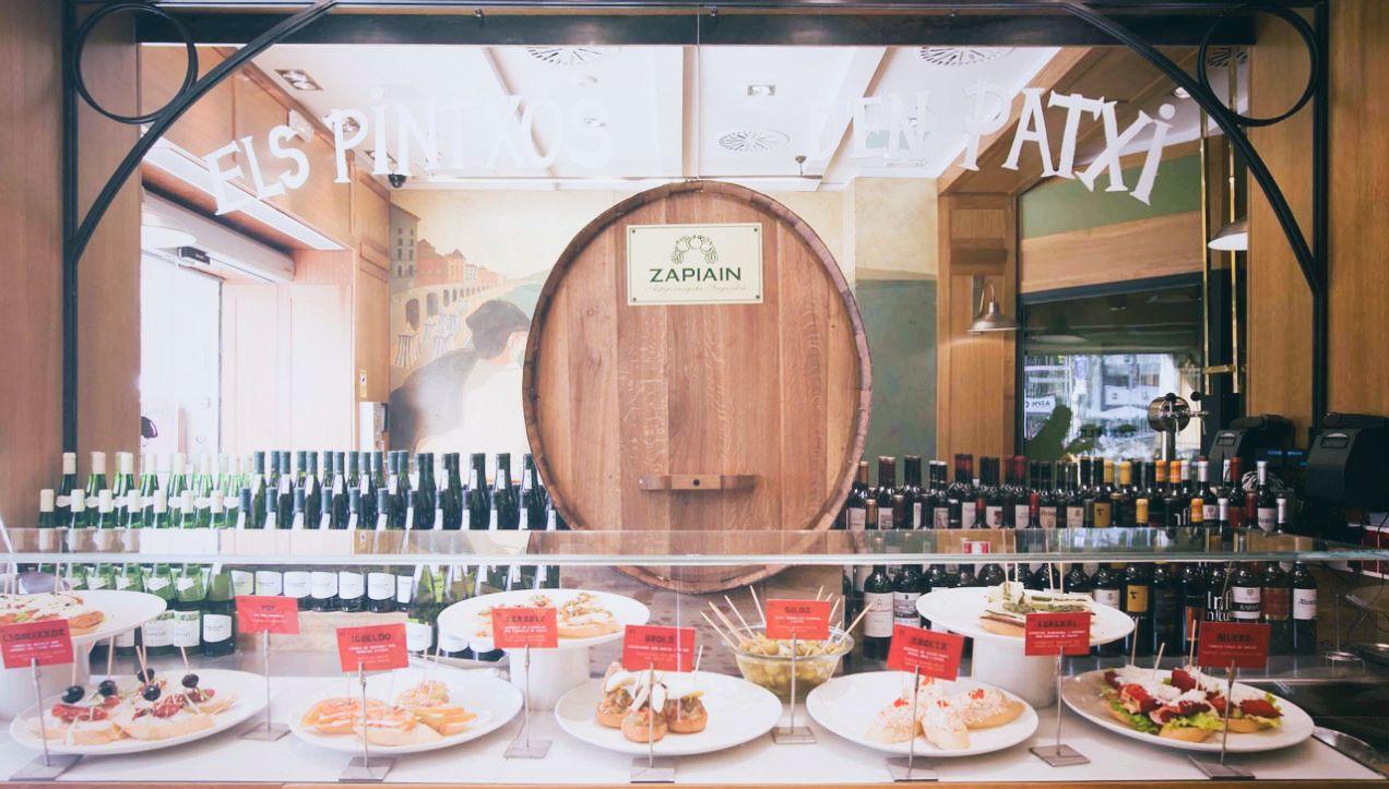 LA TXAPELA   Great Pintxos, Basque cuisine -  Plaza Catalunya & Passeig de Gràcia