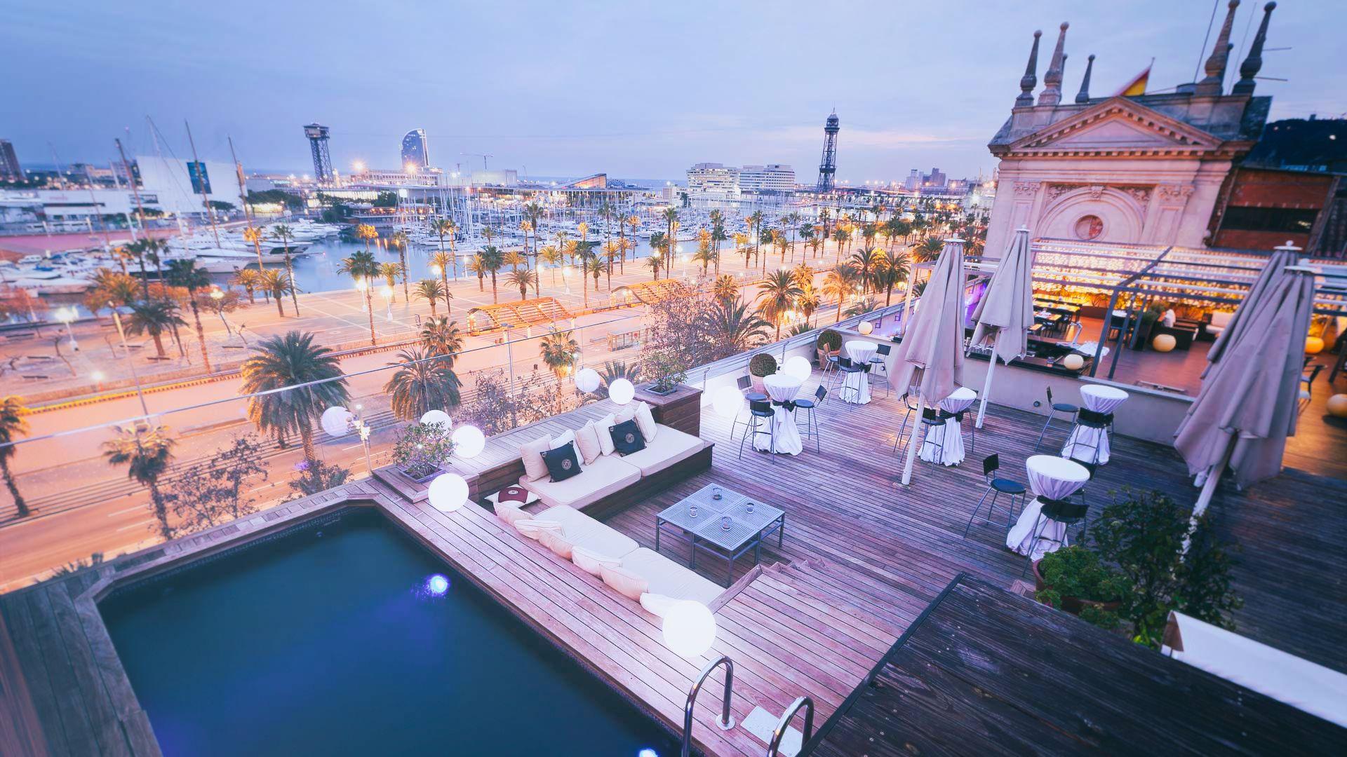 HOTEL DUQUESA DE CARDONA   Just in front of the port, affordable drinks -  El Gòtic