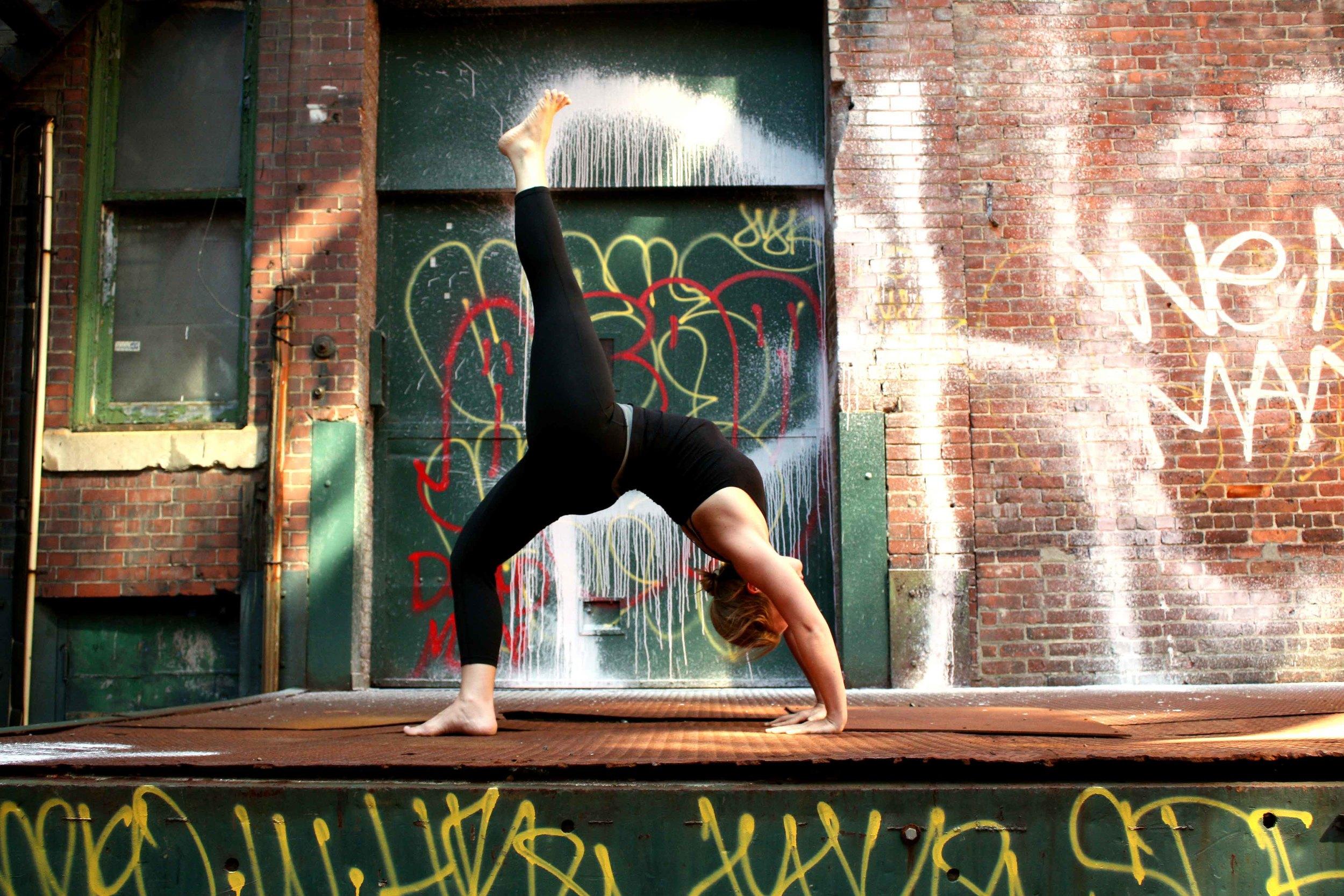 Tracy_Rodriguez_Photography_Yoga_Grid_Amanda-01.jpg