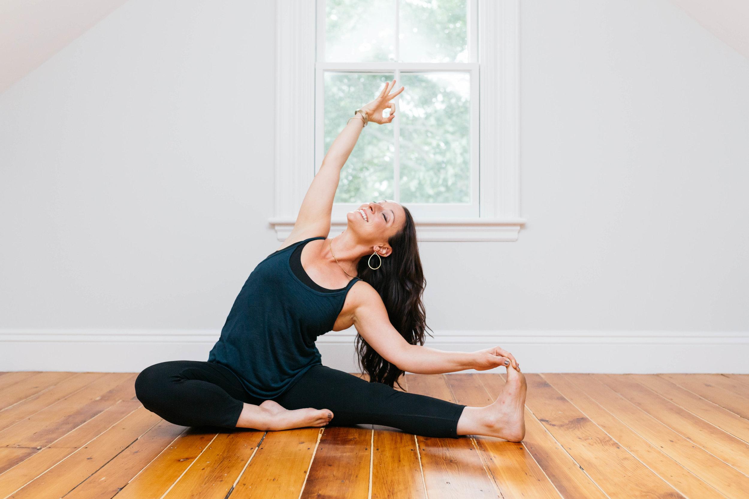 boston-yoga-photographer-christyn-11.jpg