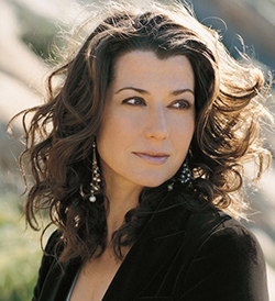 Amy Grant , vocalist