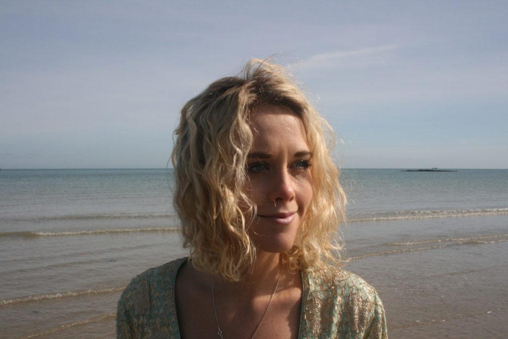 Alexandra Taylor - Cognitive Behavioural Hypnotherapist & Presence Intelligence Counsellor