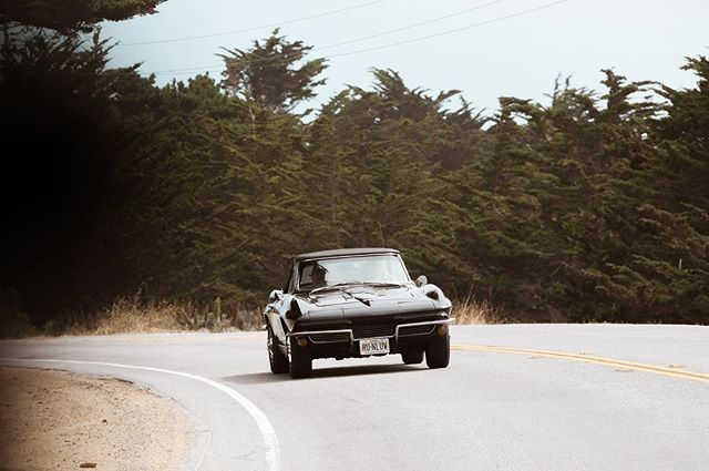 Corvette on Pacific Coast Highway. . . . . . #monterey #montereycarweek #hwy1 #bigsur #carmel #corvette #pacificcoasthighway