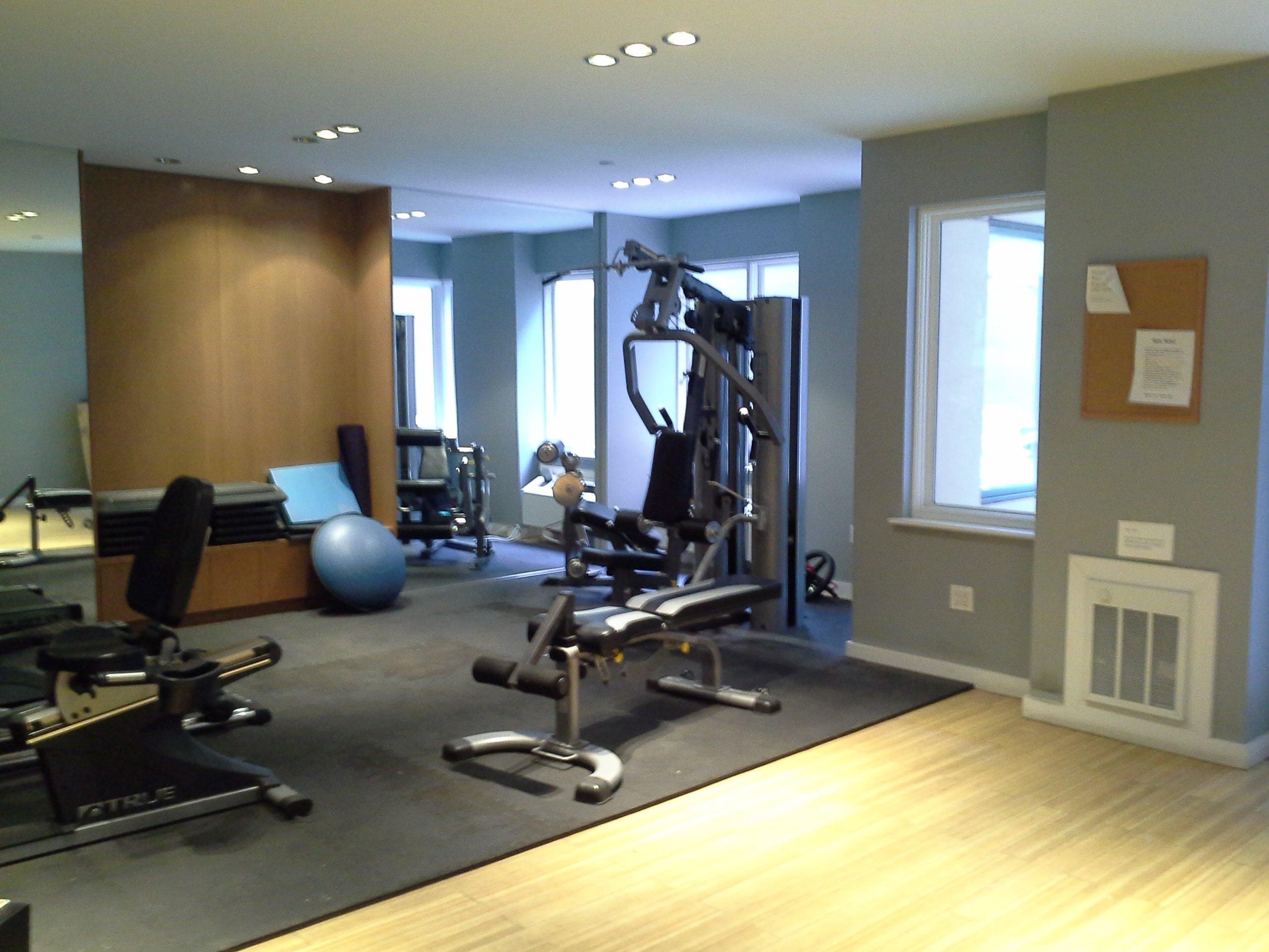 330e109 #4b building gym.jpg