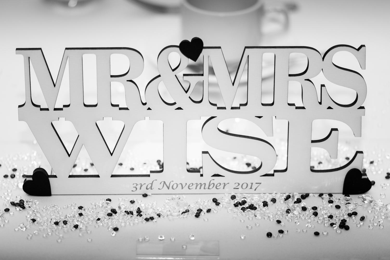 Mr & Mrs Wise-20.jpg