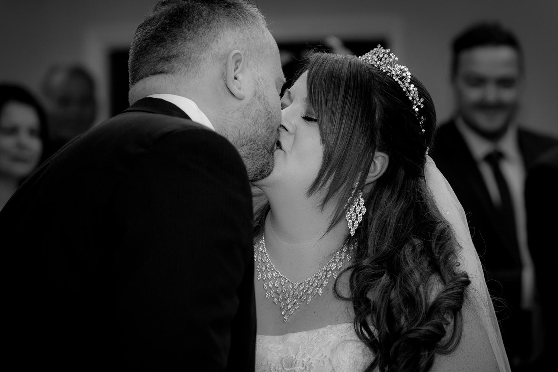 Mr & Mrs Wise-154.jpg
