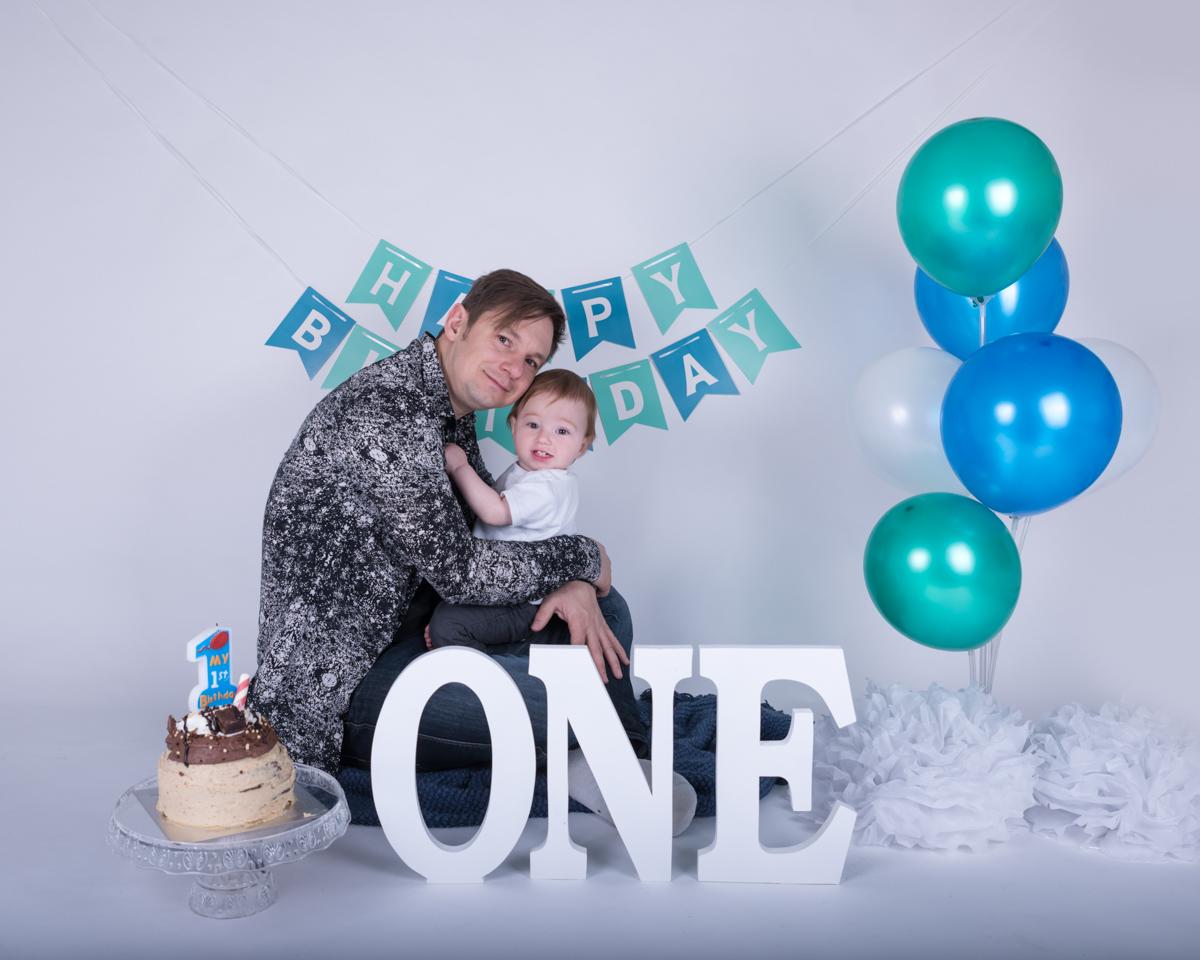 Baby Jack (12 months) Cake Smash-1.jpg