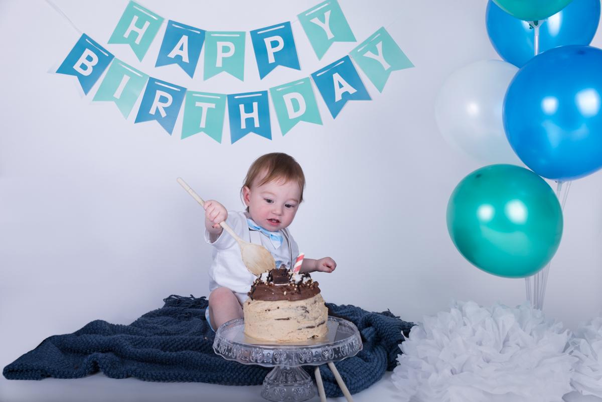 Baby Jack (12 months) Cake Smash-4.jpg
