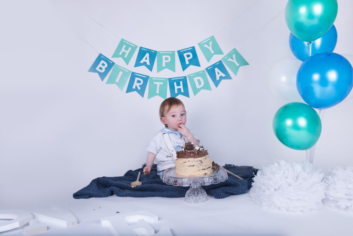 Baby Jack (12 months) Cake Smash-6.jpg